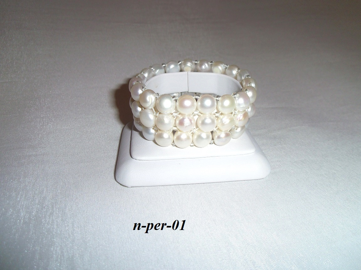 dc023b202 šperky z perál, náramky z prírodných perál